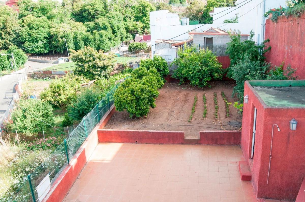 Chalet en Venta en  Valleseco