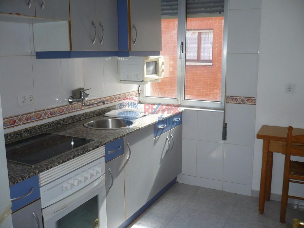 Piso en Alquiler en Este, Gijón