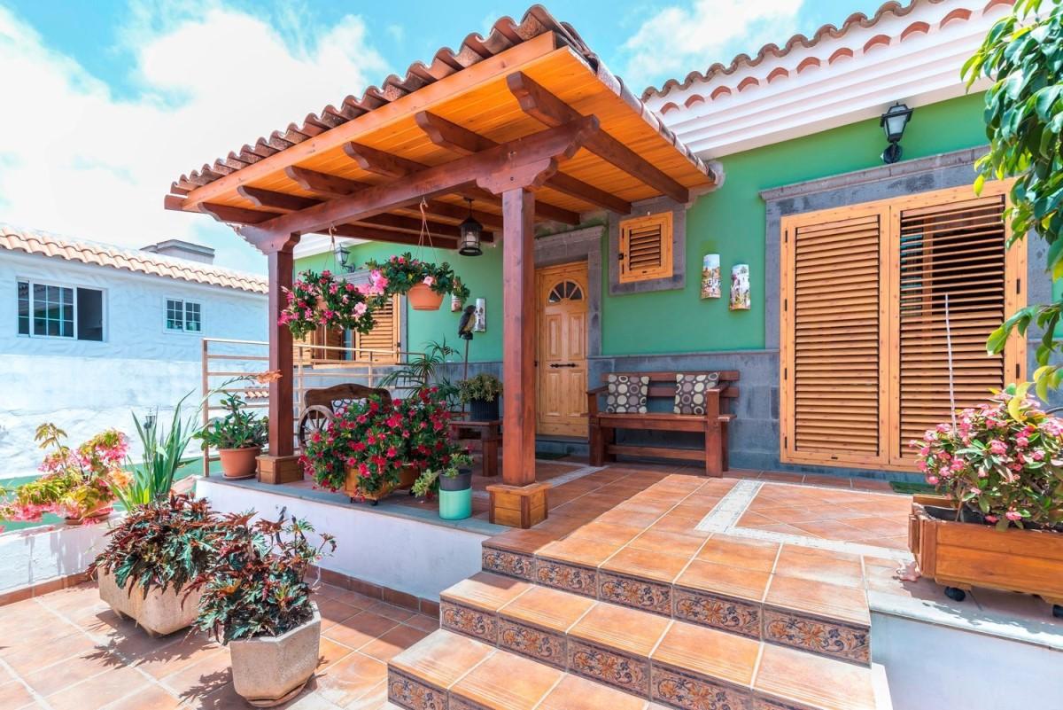 House  For Sale in Tamaraceite, Palmas de Gran Canaria, Las