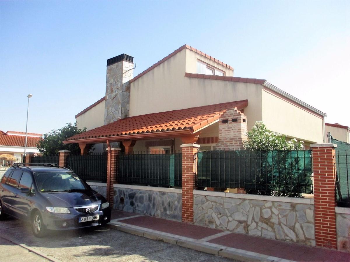 Chalet Adosado en Venta en  San Miguel del Pino