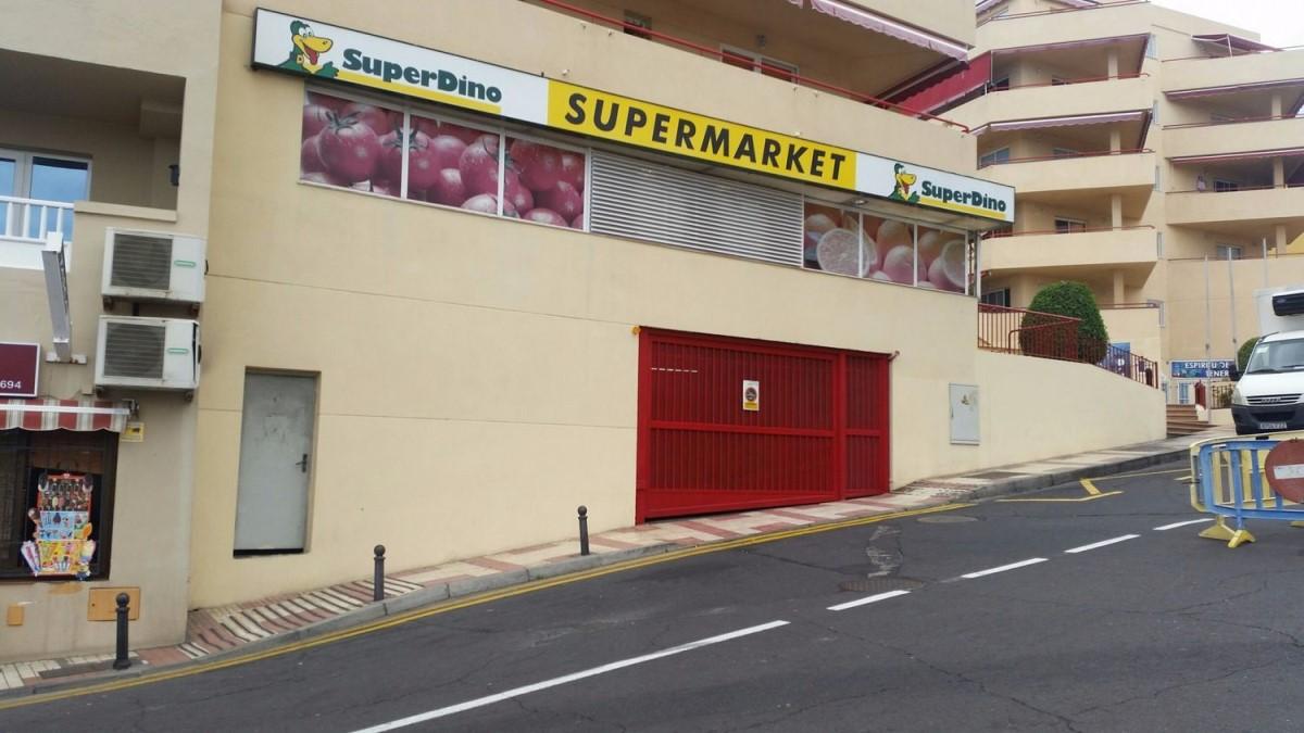Garaje en Venta en  Santiago del Teide