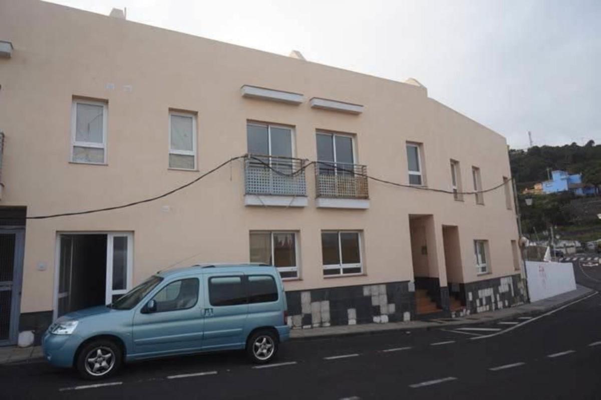 Edificio de Viviendas en Venta en  La Guancha
