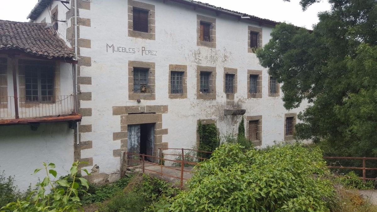Casa Rural en Venta en  Hervás