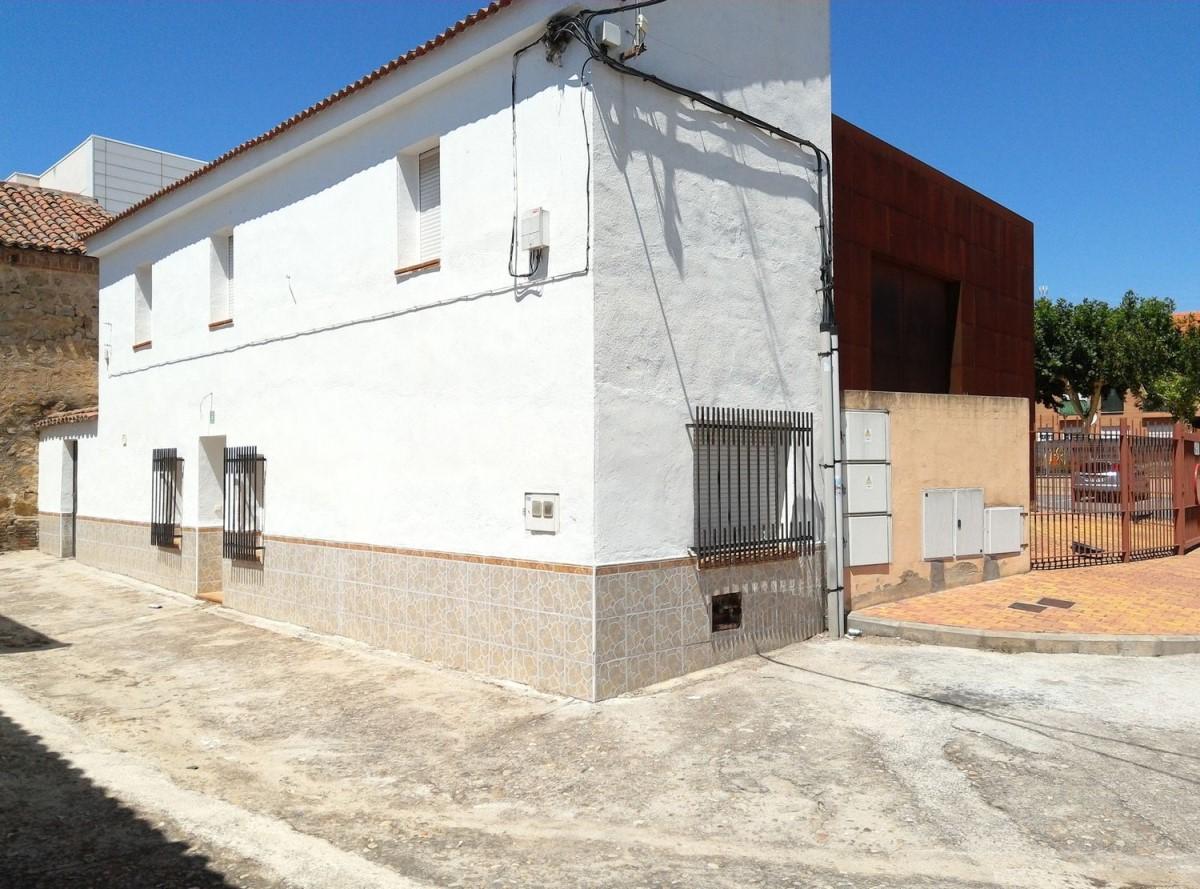 Chalet en Venta en  Villa del Prado
