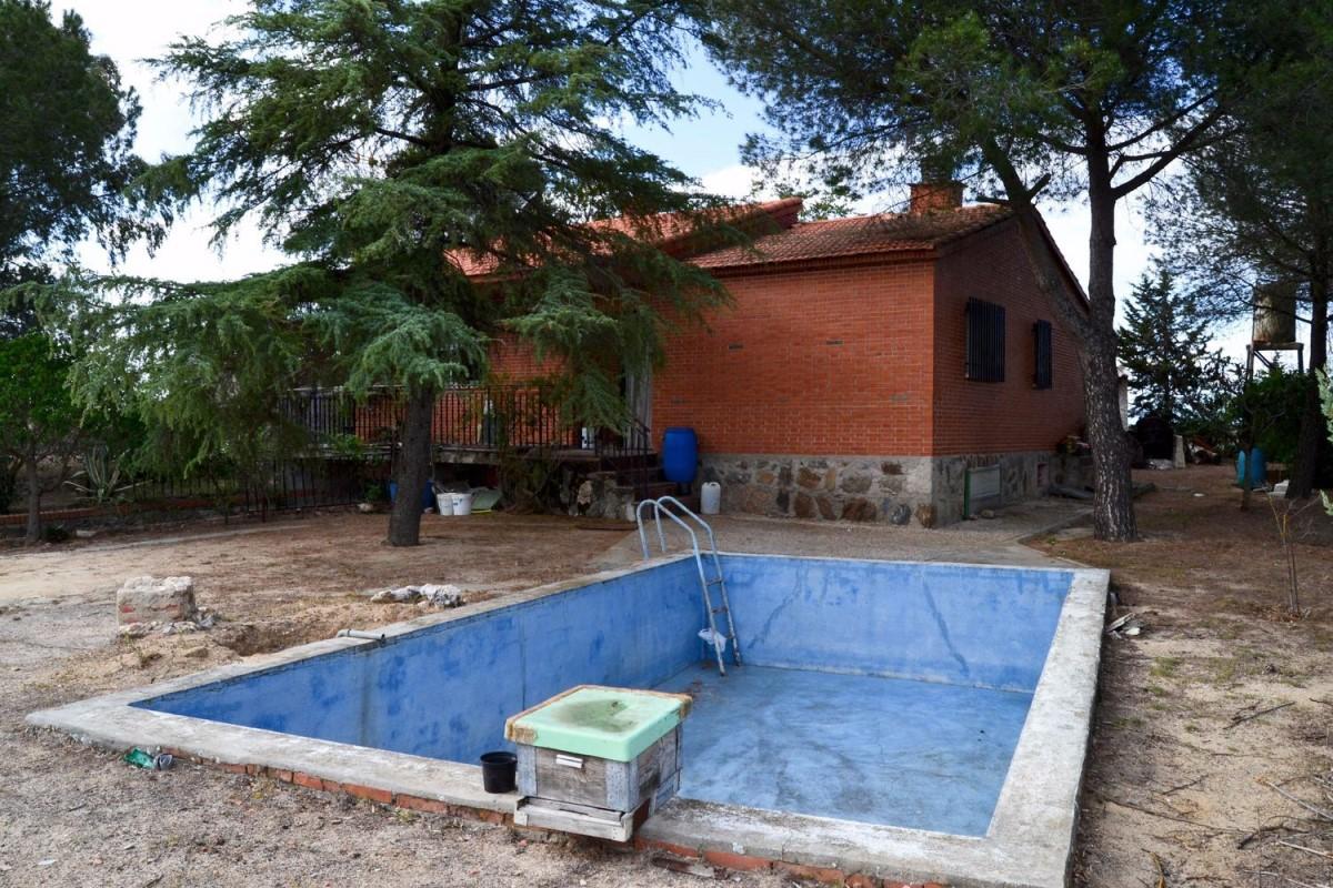 Casa Rural en Venta en  Casarrubios del Monte