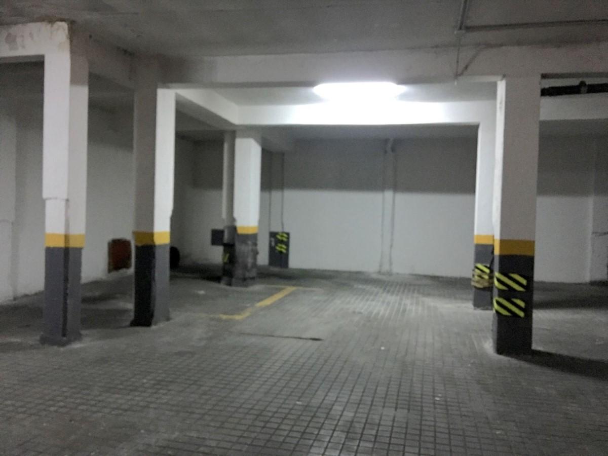 Garaje en Venta en Latina, Madrid