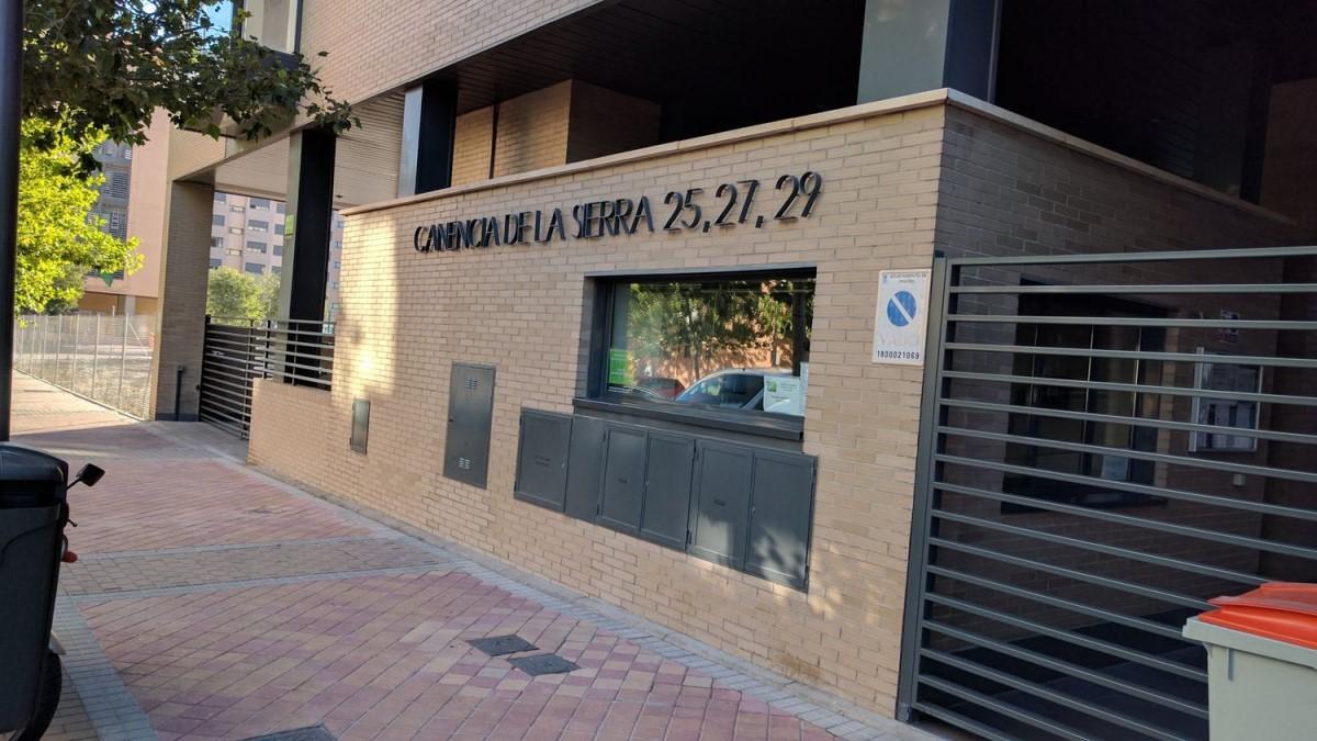 Garaje en Venta en Villa De Vallecas, Madrid