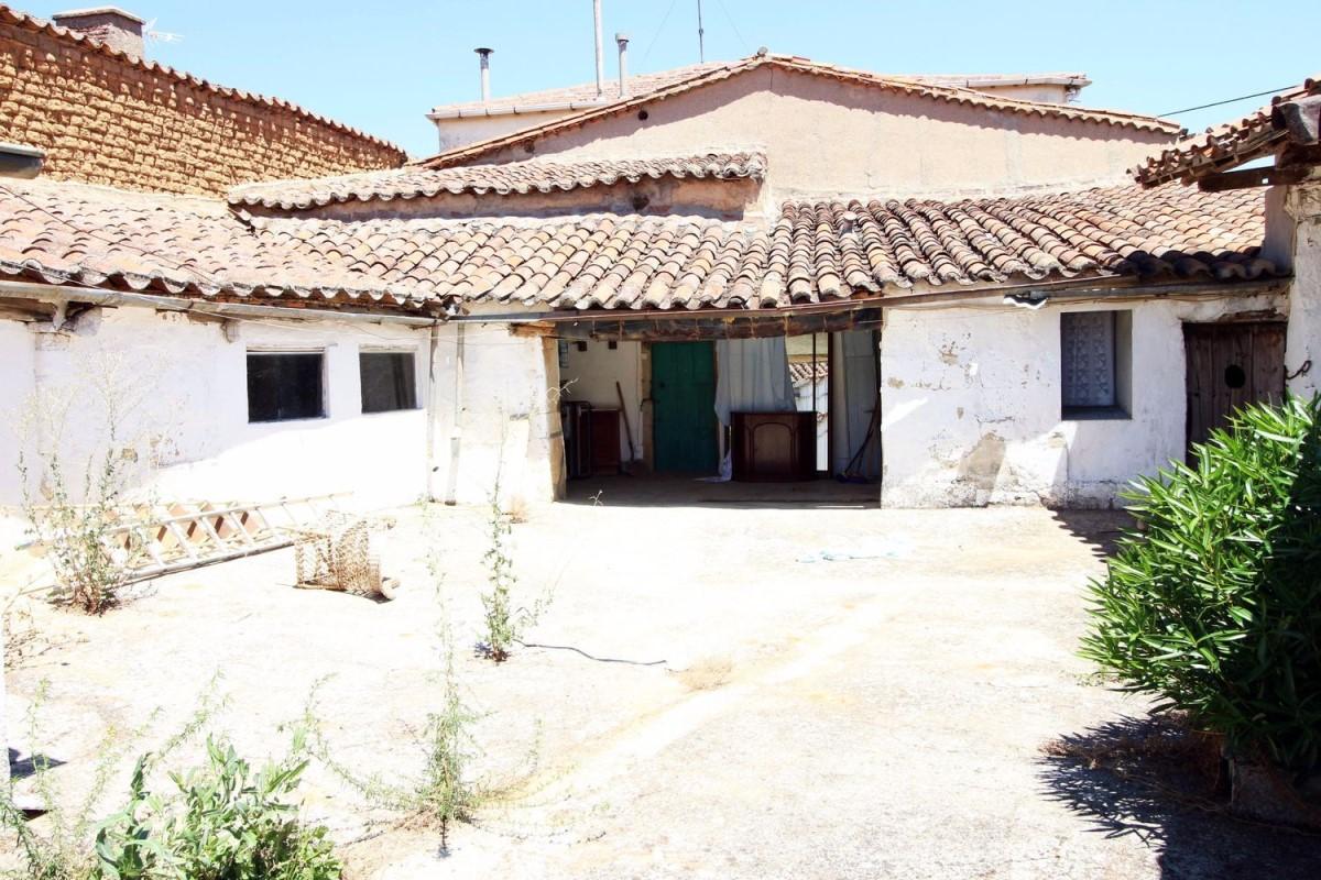Casa Rural en Venta en  Barbadillo