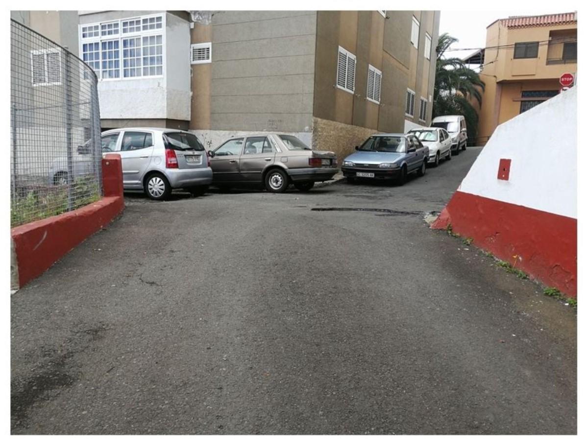 Garaje en Venta en  San Bartolomé