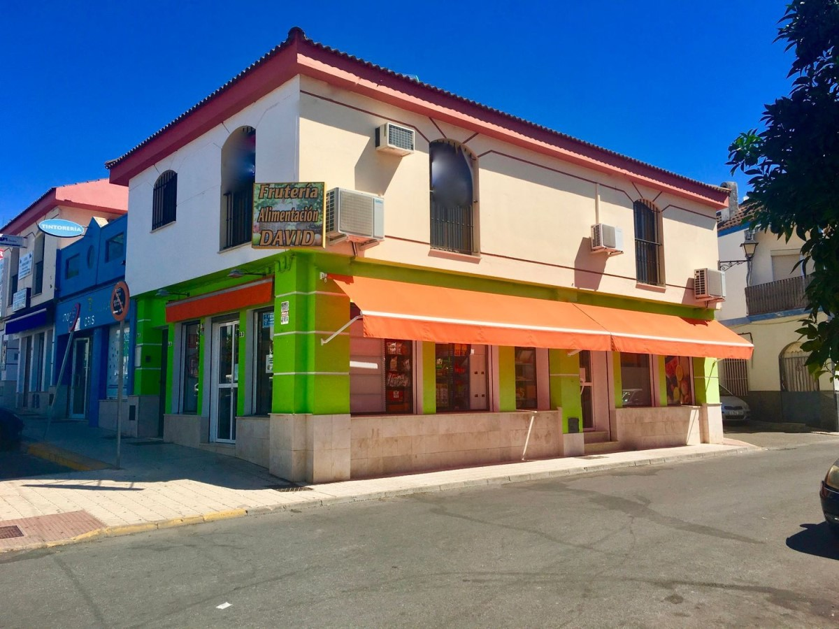 Local Comercial en Venta en  Gines