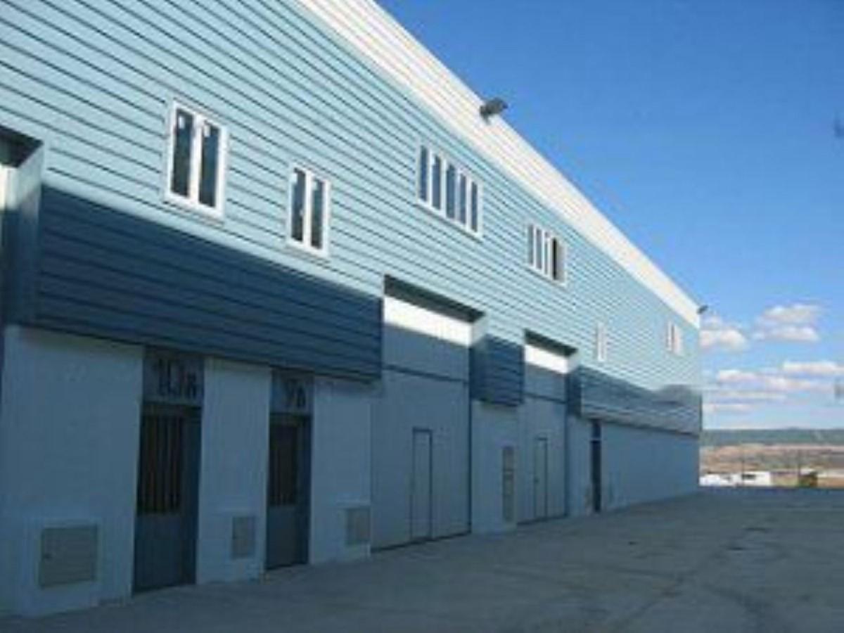 Nave Industrial en Venta en  Cabanillas del Campo