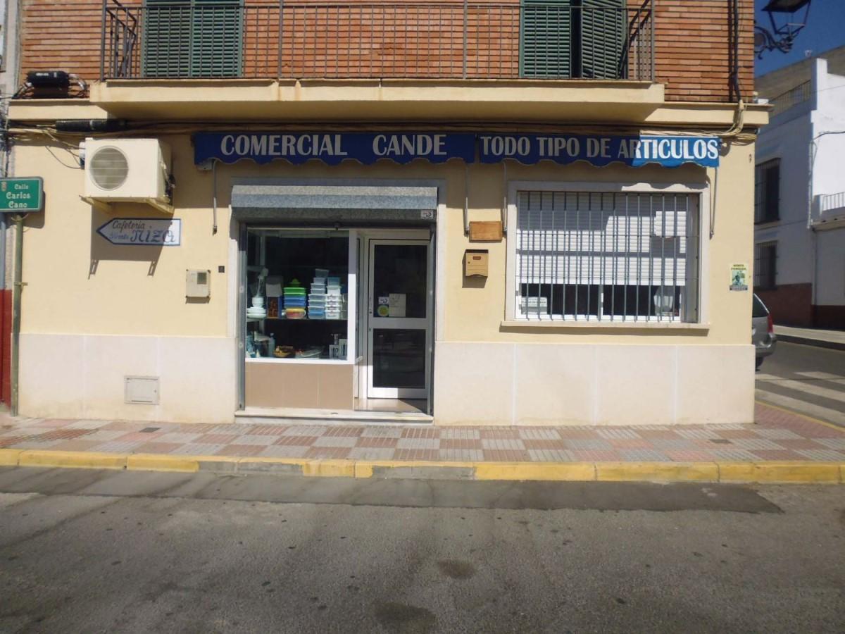 Local Comercial en Alquiler en  Tomares