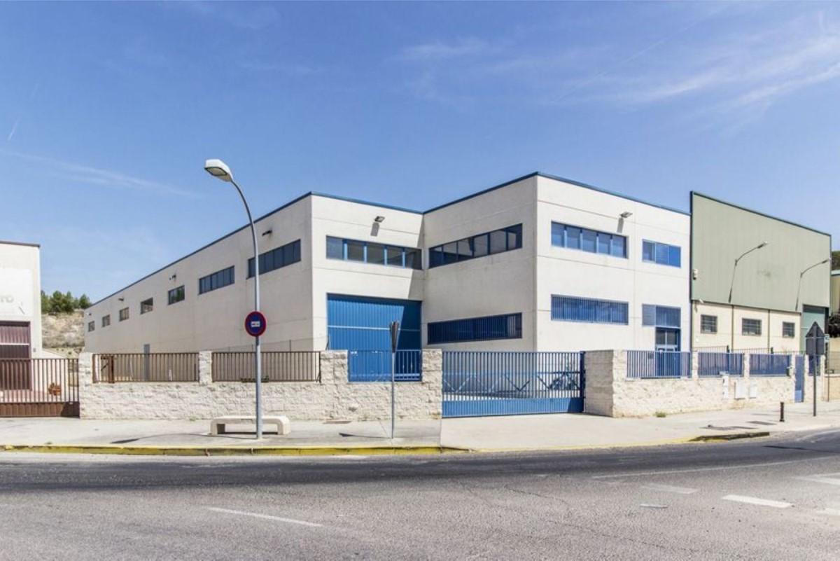 Nave Industrial en Venta en  Aranjuez