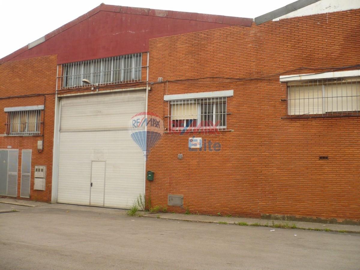 Nave Industrial en Alquiler en Oeste, Gijón