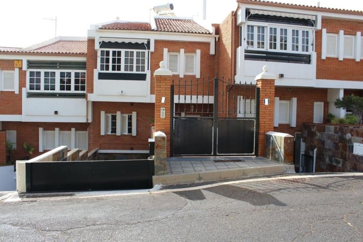Chalet Adosado en Venta en Barrio De La Salud, Santa Cruz de Tenerife