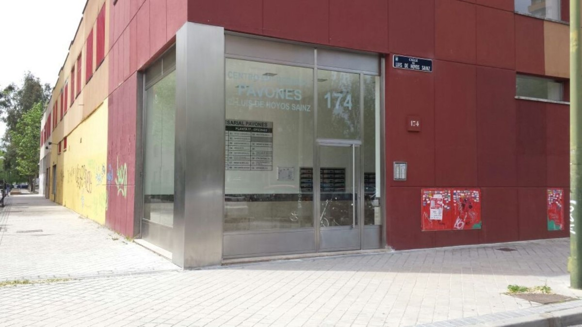 Local Comercial en Venta en Moratalaz, Madrid