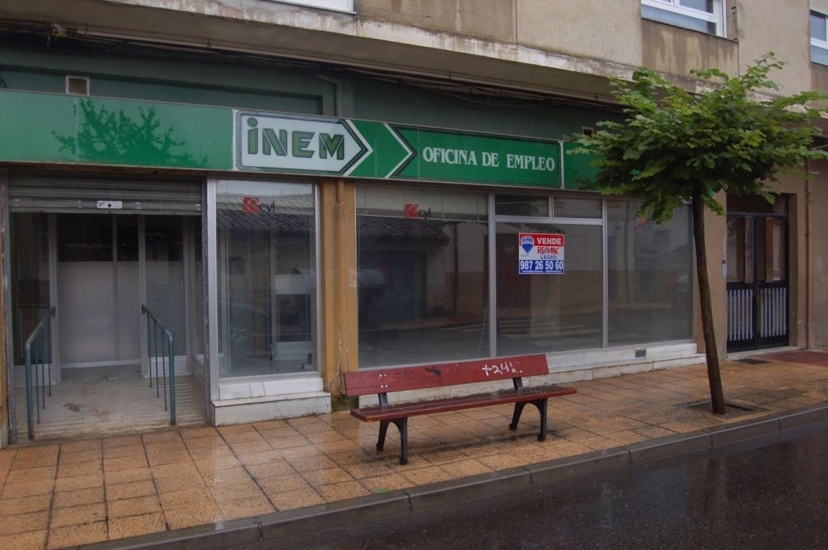Local Comercial en Venta en  La Bañeza