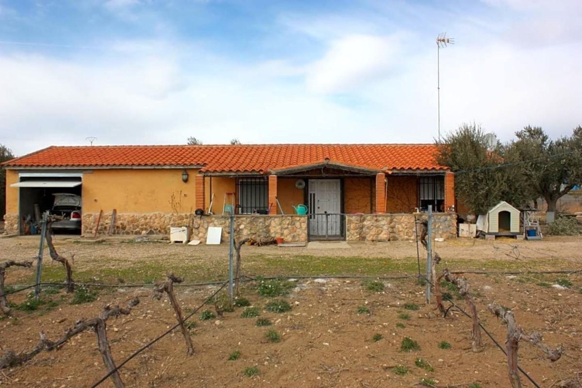 Casa Rural en Venta en  Morata de Tajuña