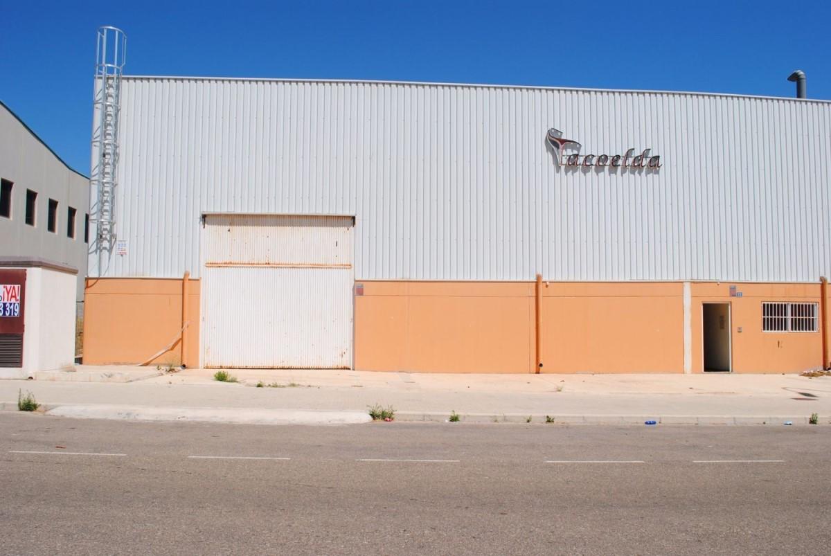 Nave Industrial en Venta en  Monóvar