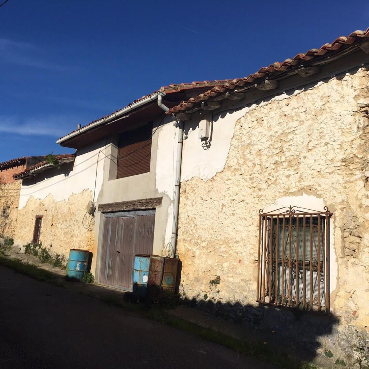 Casa Rural en Venta en  Valdaliga