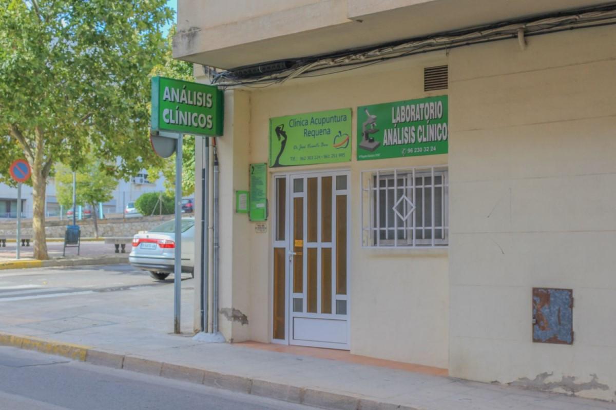 Local Comercial en Alquiler en  Requena