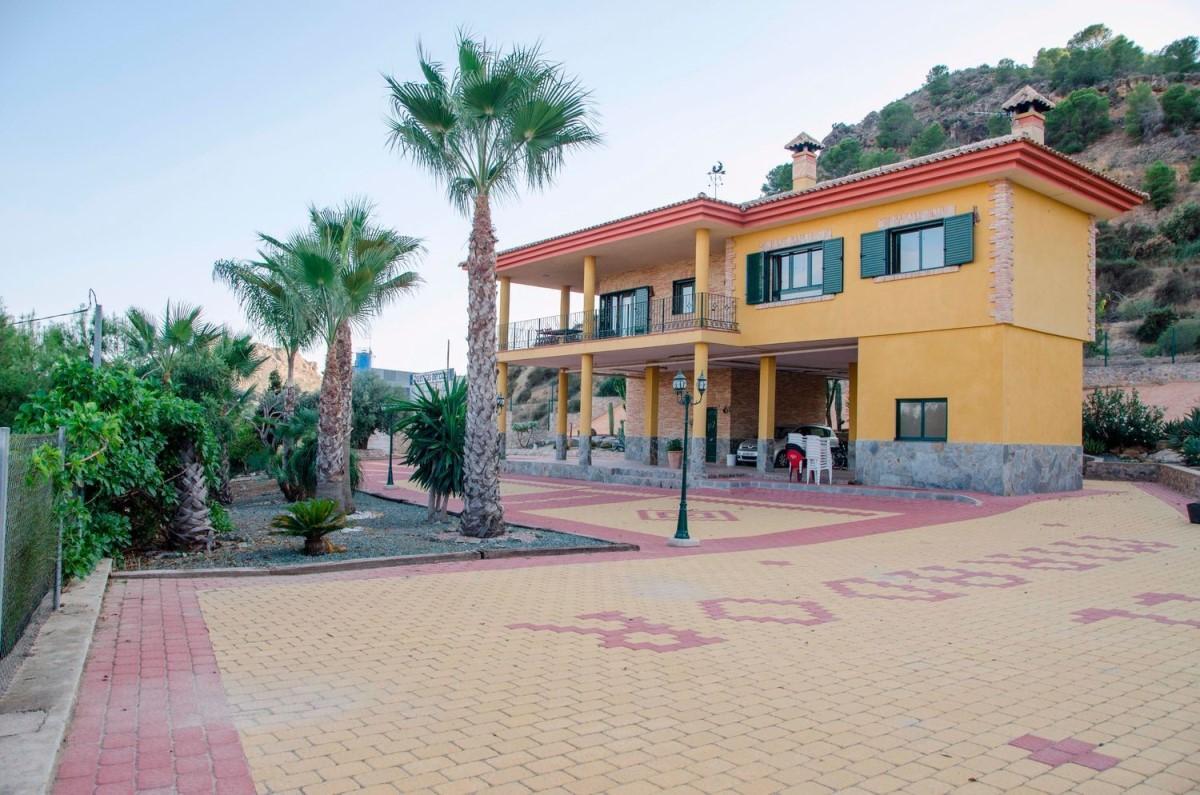 Chalet en Venta en  Santomera