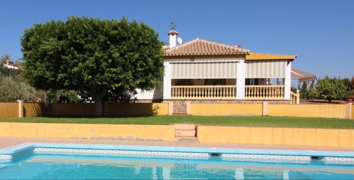 Chalet en Venta en Campanillas, Málaga