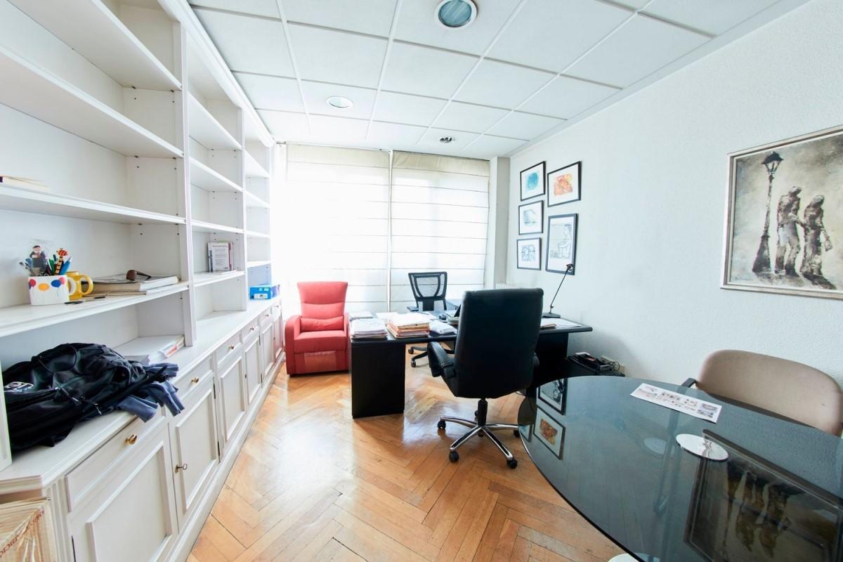 Oficina en Venta en Chamberi, Madrid