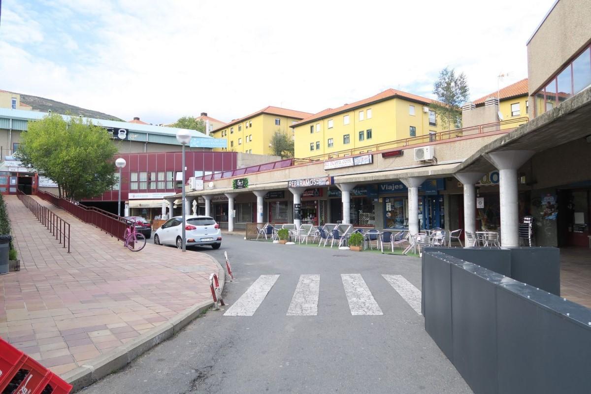 Local Comercial en Venta en  San Lorenzo de El Escorial