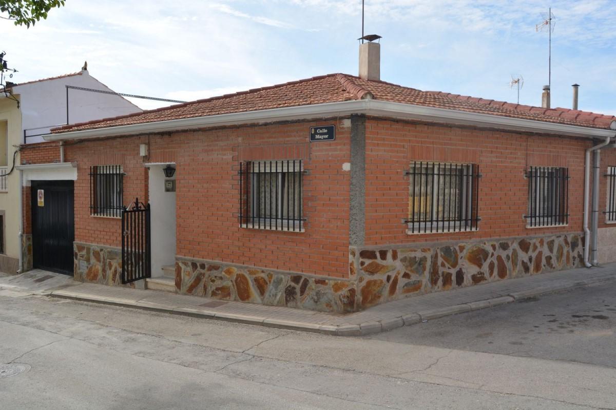 Chalet Adosado en Venta en  Fuentidueña de Tajo