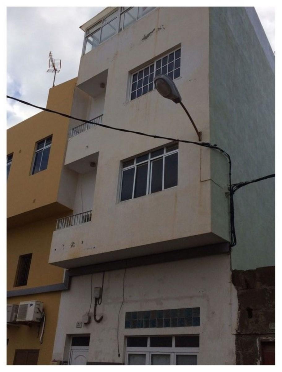 Edificio Mixto en Venta en  Santa Maria De Guia De Gran Canaria