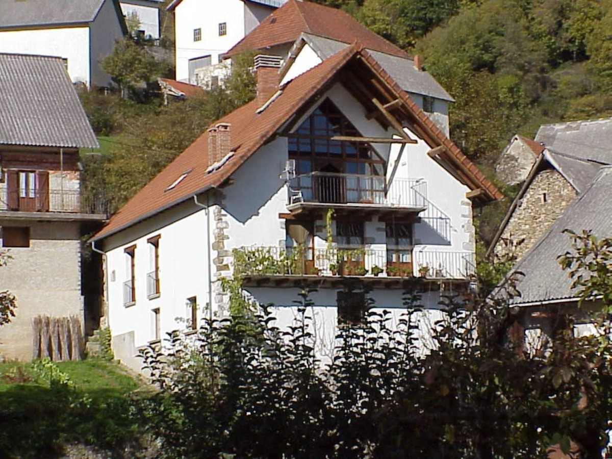 Casa Rural en Venta en  Aria