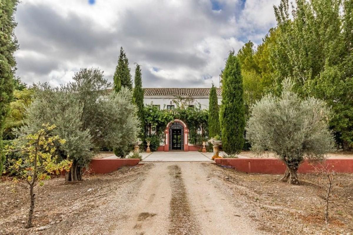 Casa Rural en Venta en  Chinchón