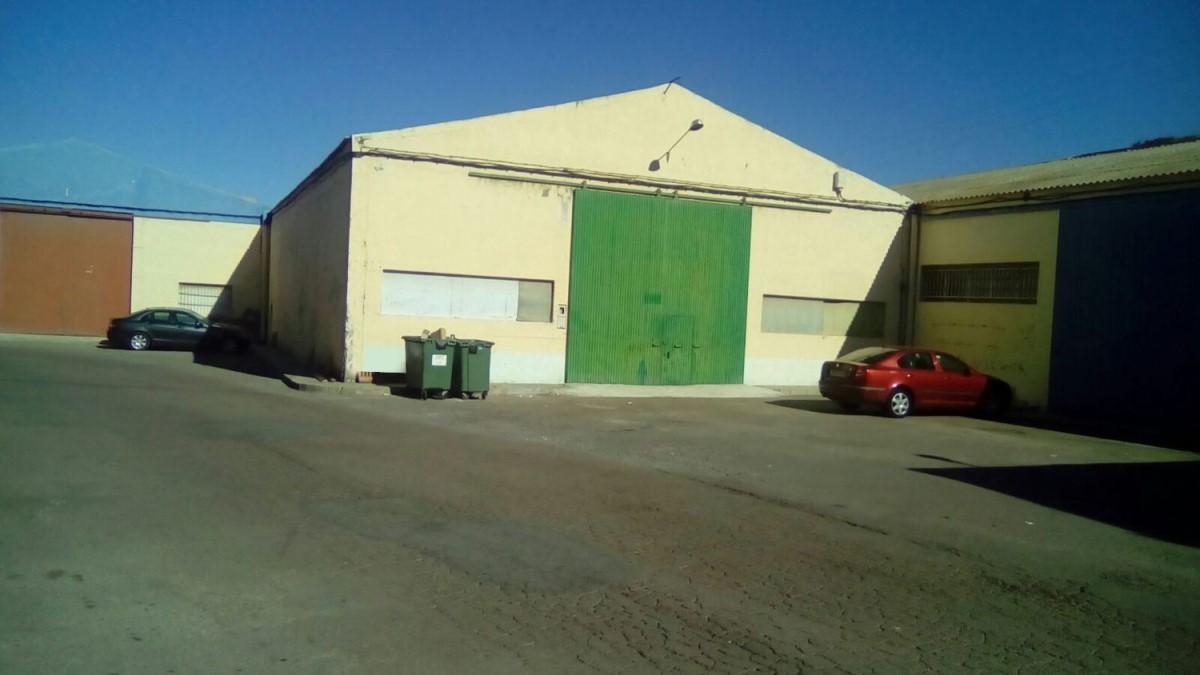 Nave Industrial en Venta en  Huércal de Almería