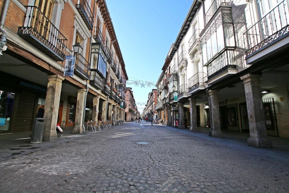 Edificio de Viviendas en Venta en  Alcalá de Henares
