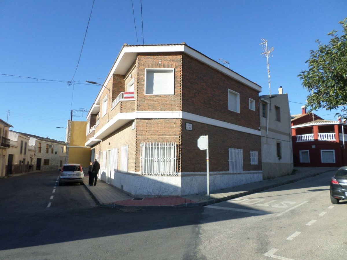 Dúplex en Venta en  Hondón de Las Nieves
