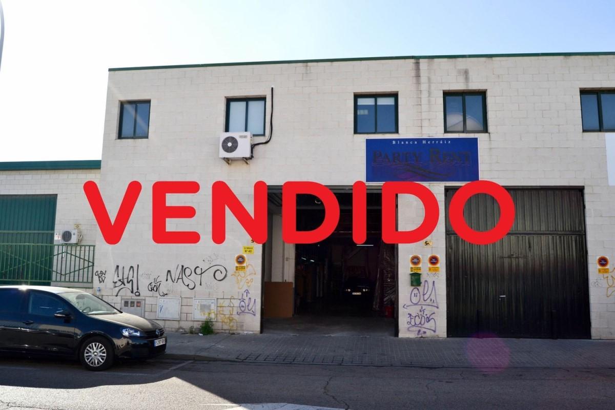 Nave Industrial en Venta en Parque Ondarreta - Urtinsa, Alcorcón