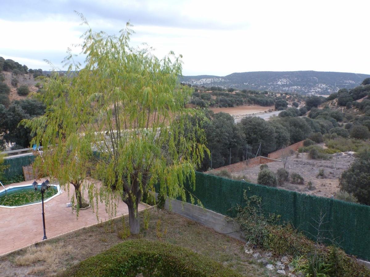 Chalet en Venta en  Fuentenovilla
