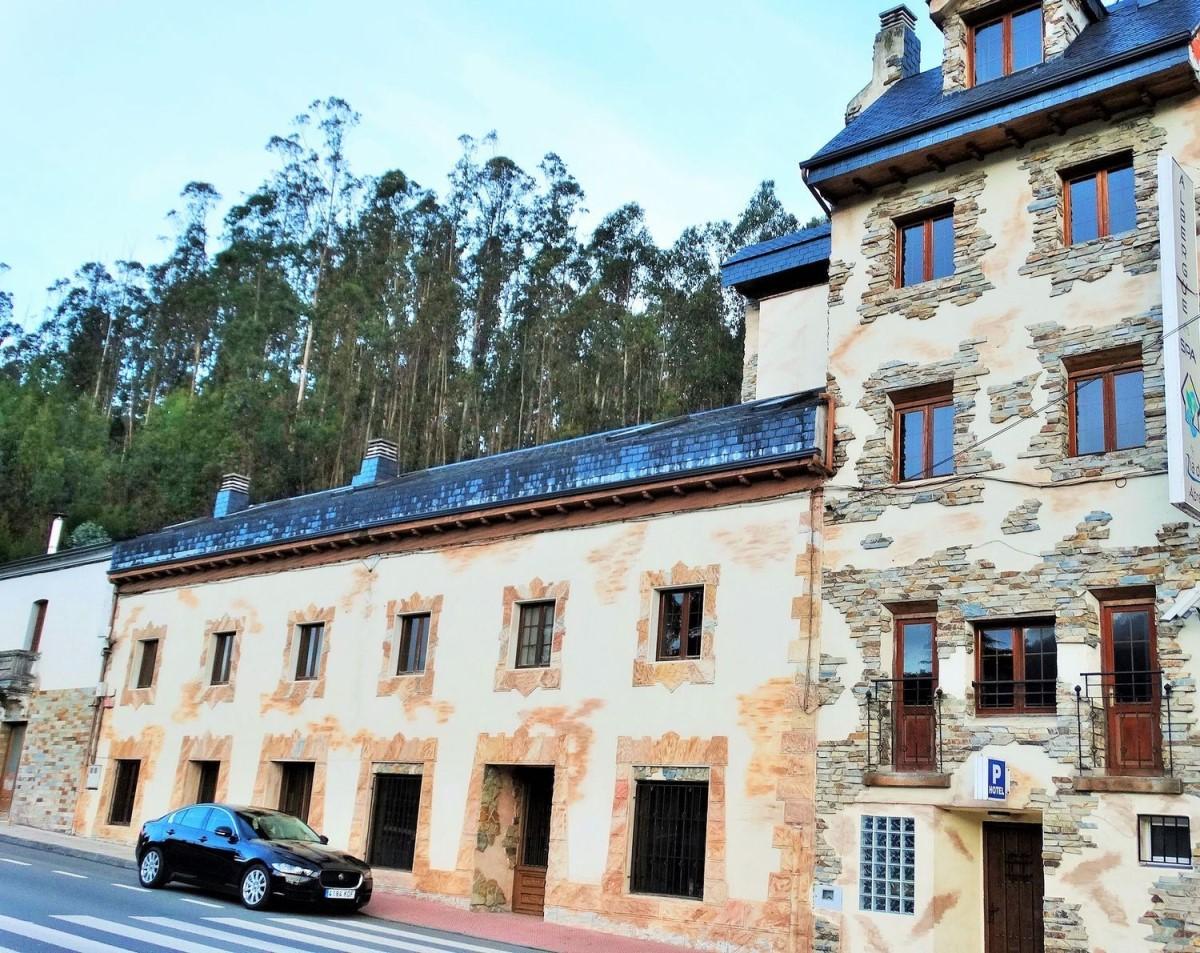 Edificio Dotacional en Alquiler en  Ribadeo