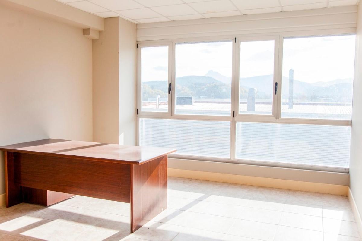 Oficina en Alquiler en  Durango