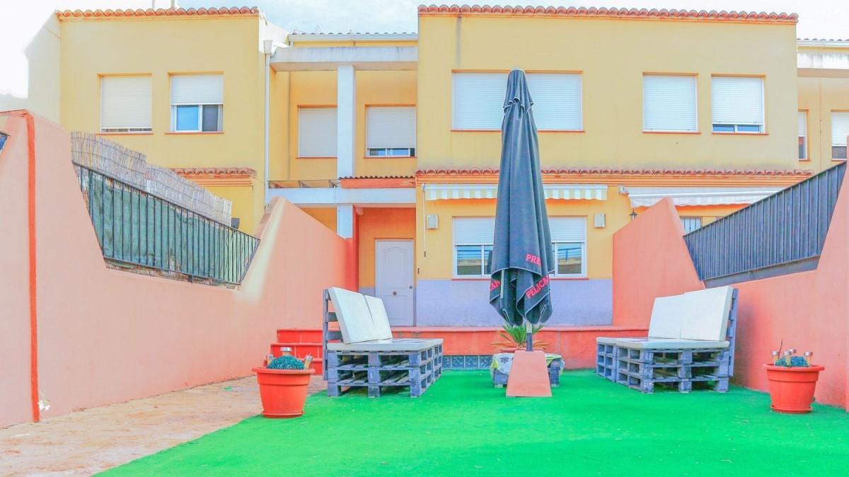 Terraced House  For Rent in  Novelé/Novetlè