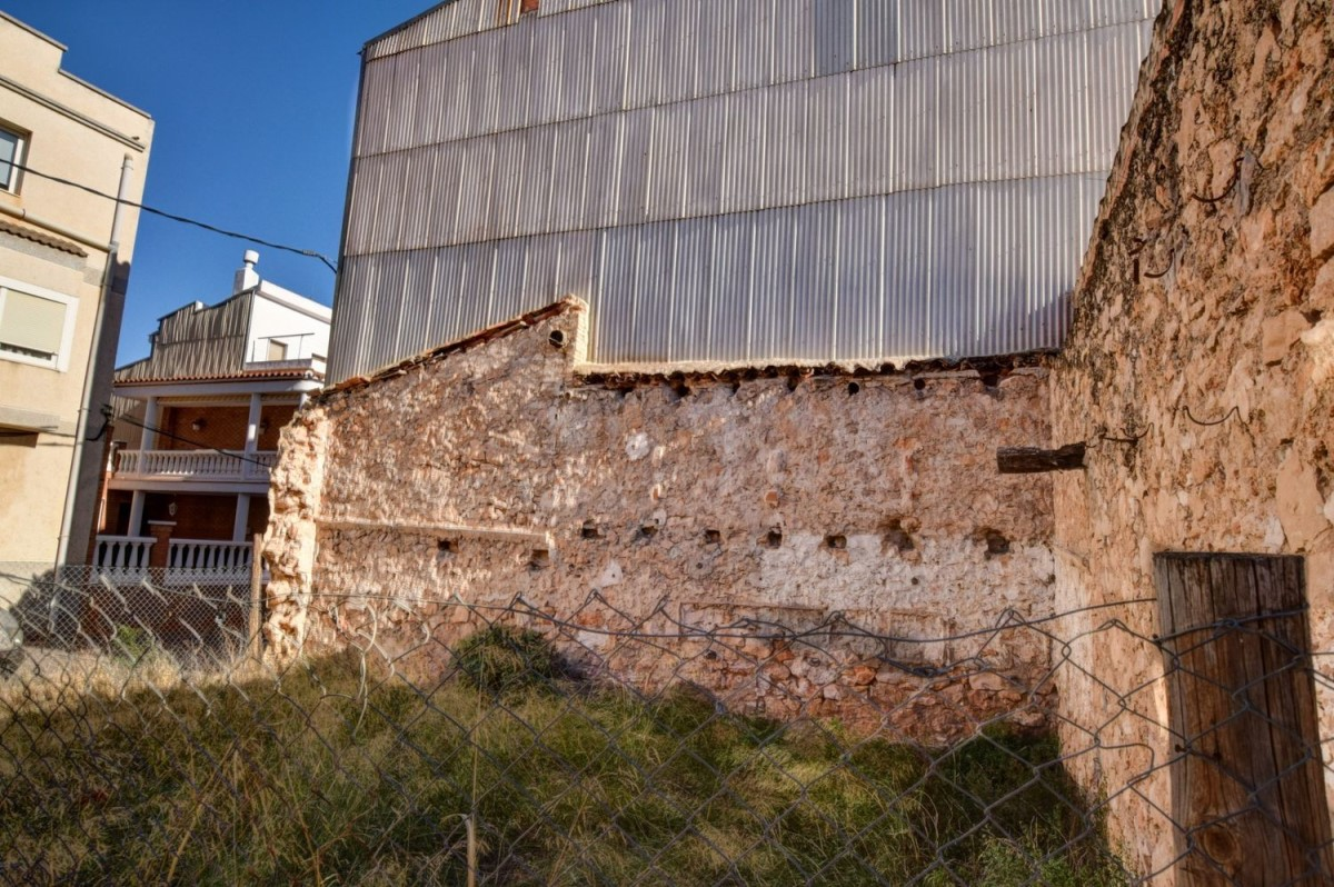 Urban lot  For Sale in  Roquetes