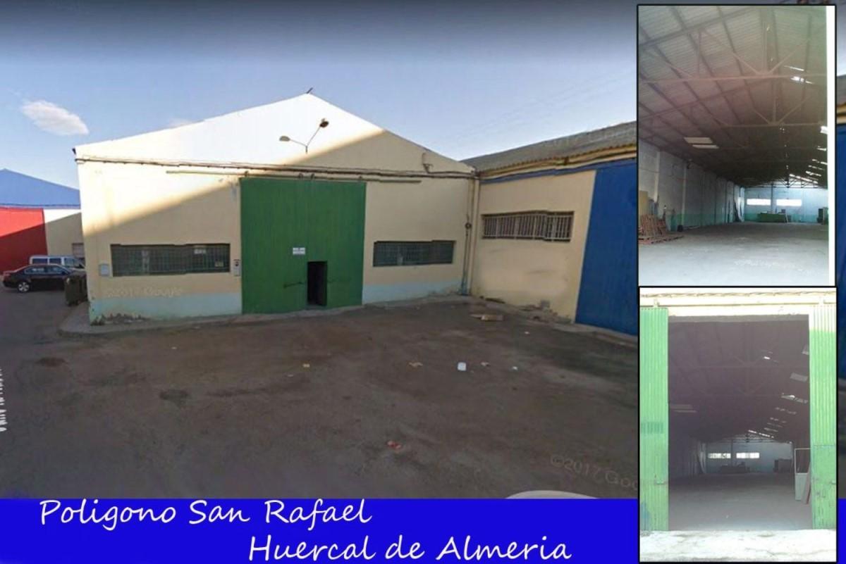 Nave Industrial en Alquiler en  Huércal de Almería
