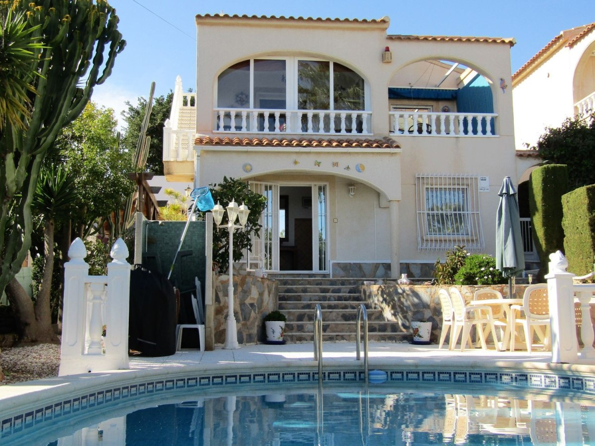 House  For Sale in Los Balcones - Los Altos Del Edén, Torrevieja