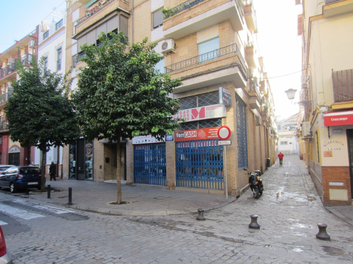 Local Comercial en Venta en triana, Sevilla