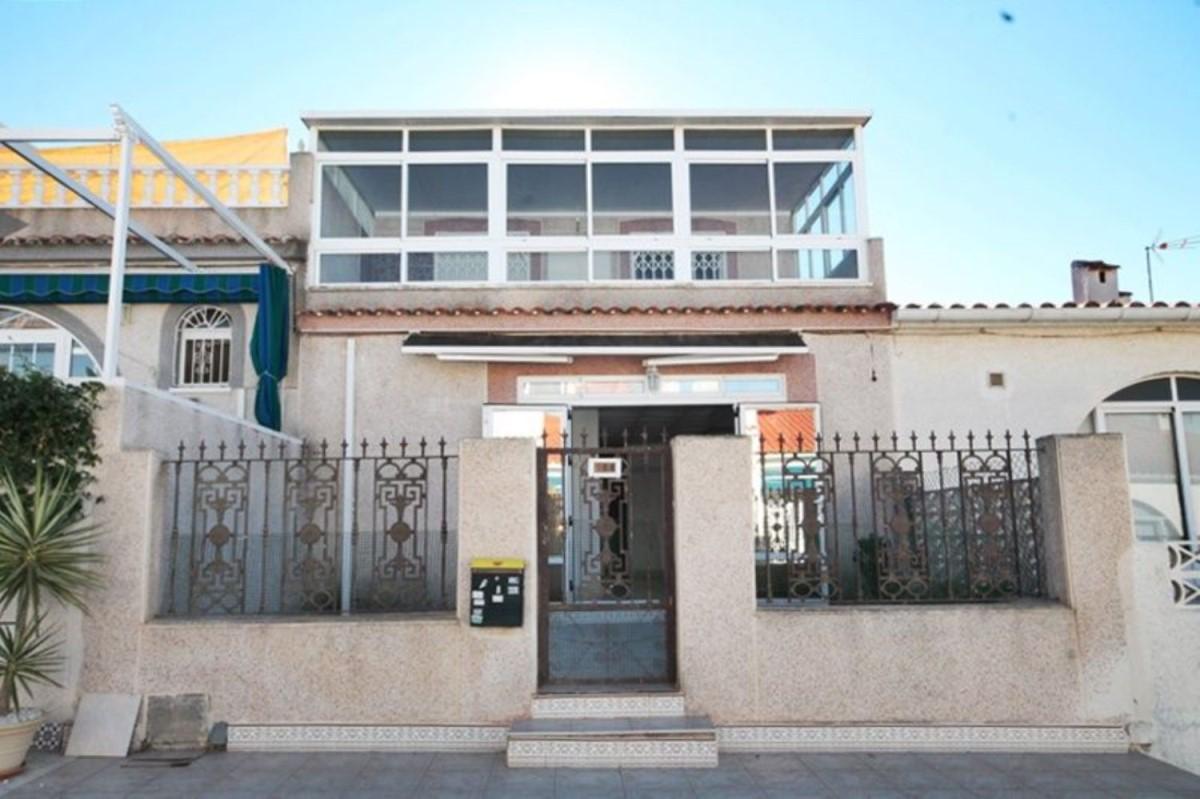 Chalet Adosado en Venta en La Siesta - El Salado - Torreta, Torrevieja