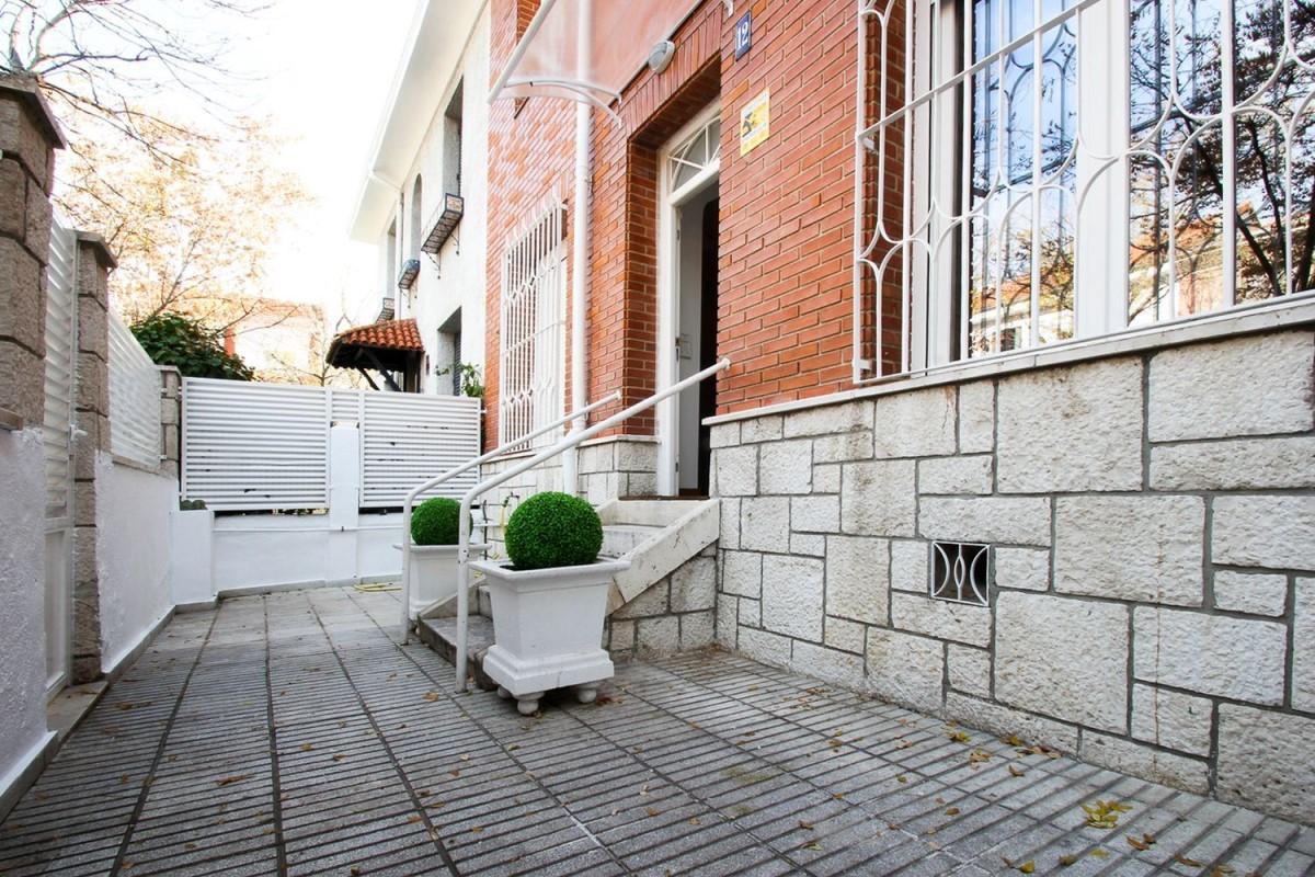Chalet Adosado en Alquiler en Salamanca, Madrid