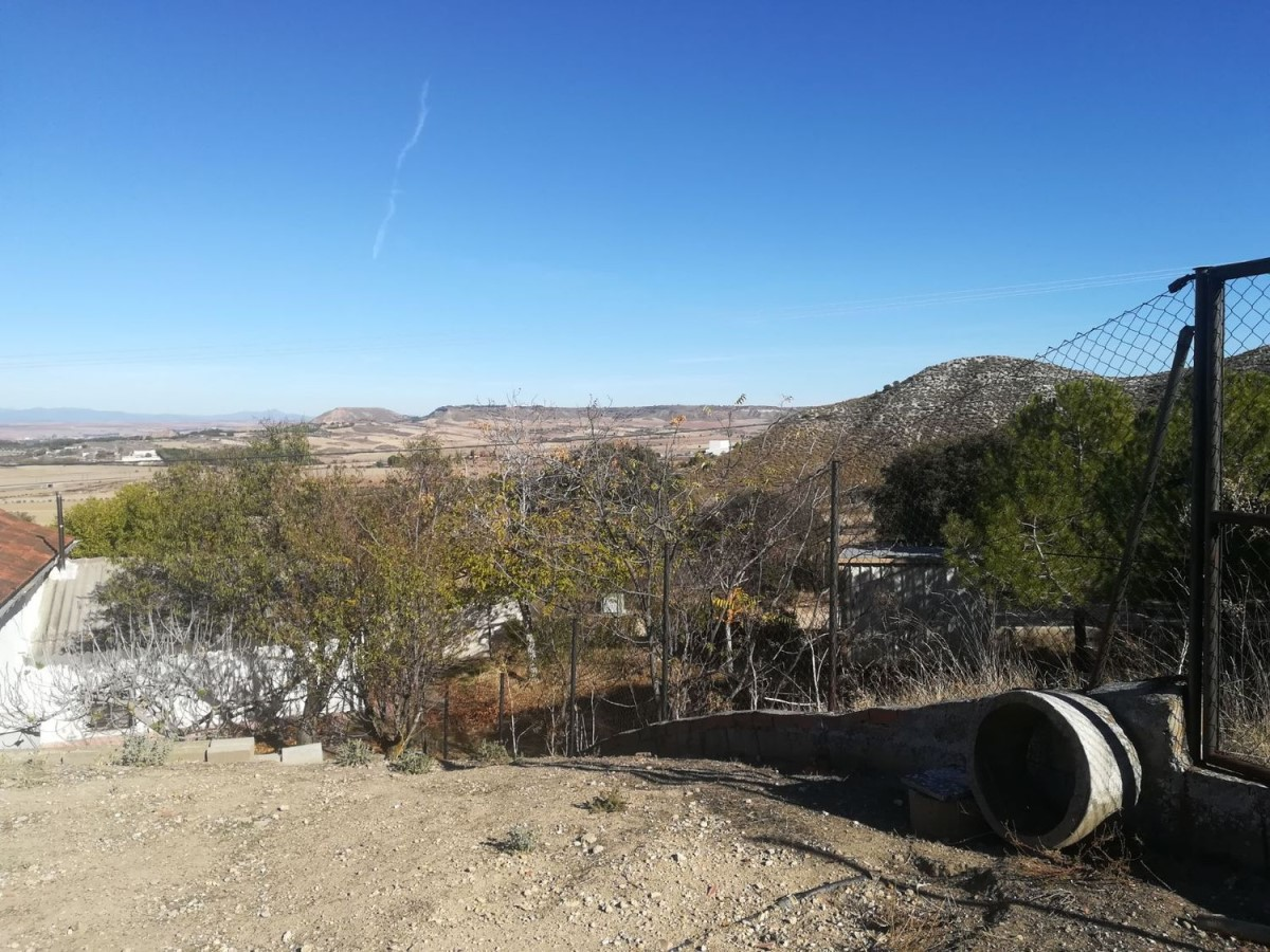 Casa Rural en Venta en  Villalbilla