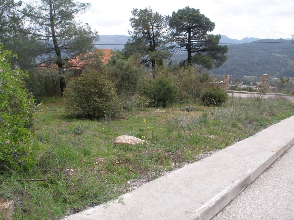 Urban lot  For Sale in  Robledo de Chavela