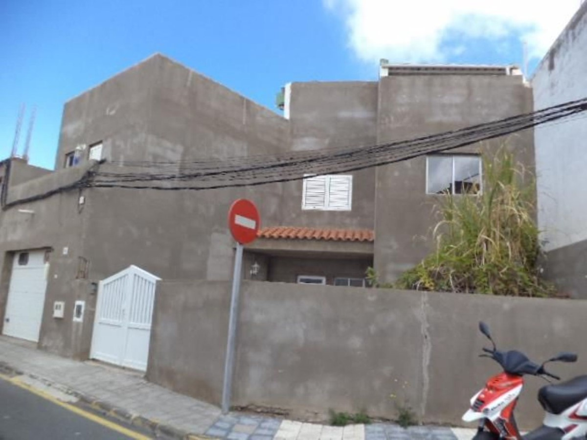 Terraced House  For Sale in  Ingenio
